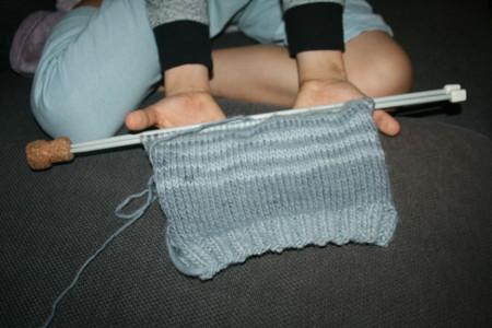 début d'écharpe avec fil auto-rayant